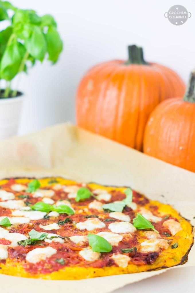bezglutenowa pizza na spodzie z dyni