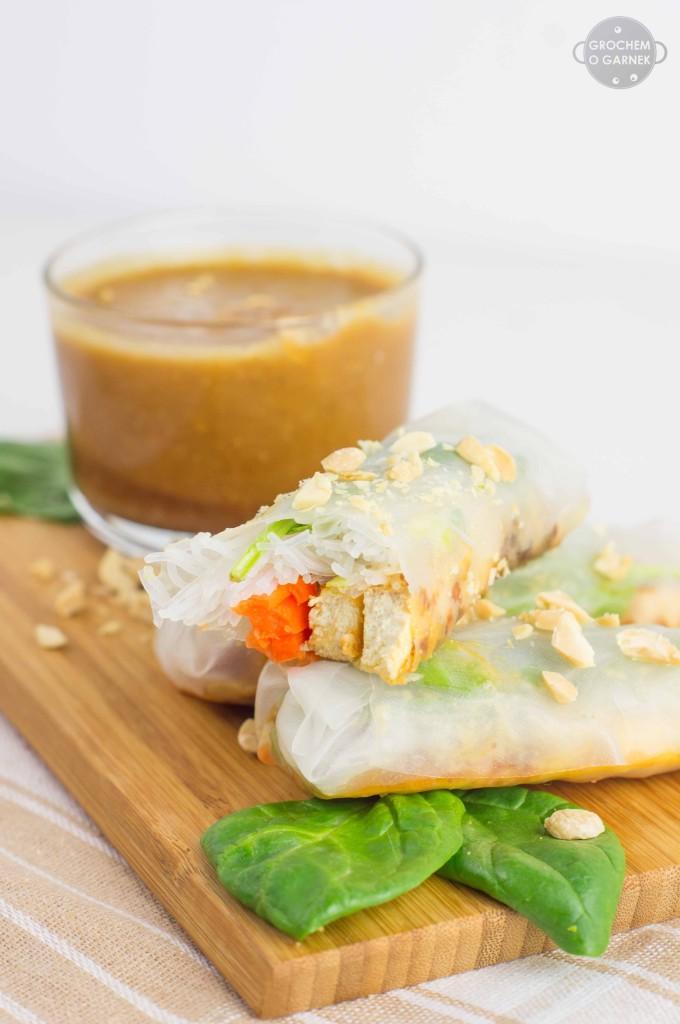 spring-rollsy-wegaskie-orzechowe szybki i lekki obiad wegetariański
