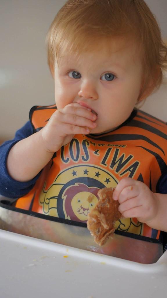 placuszki z mąki kasztanowej przy BLW
