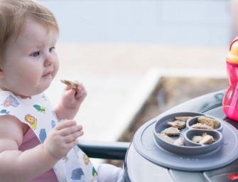 Jak karmię dziecko na wakacjach? Jedzenie niemowlaka w podróży + przydatne GADŻETY