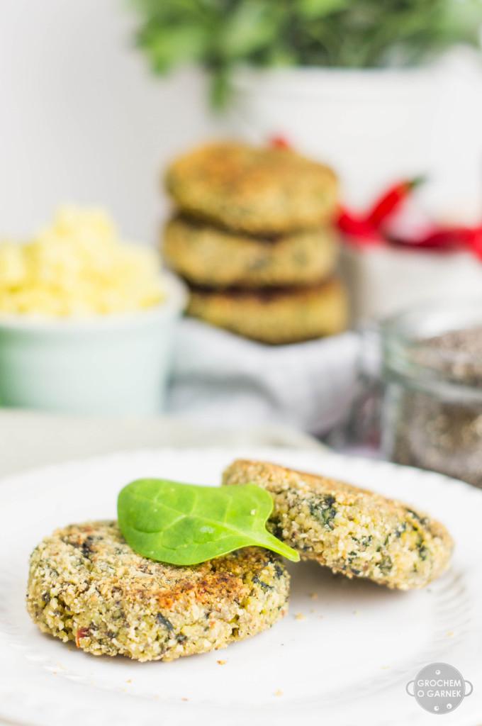 kotleciki-jaglane-ze-szpinakiem-2-szybki i lekki obiad wegetariańśki